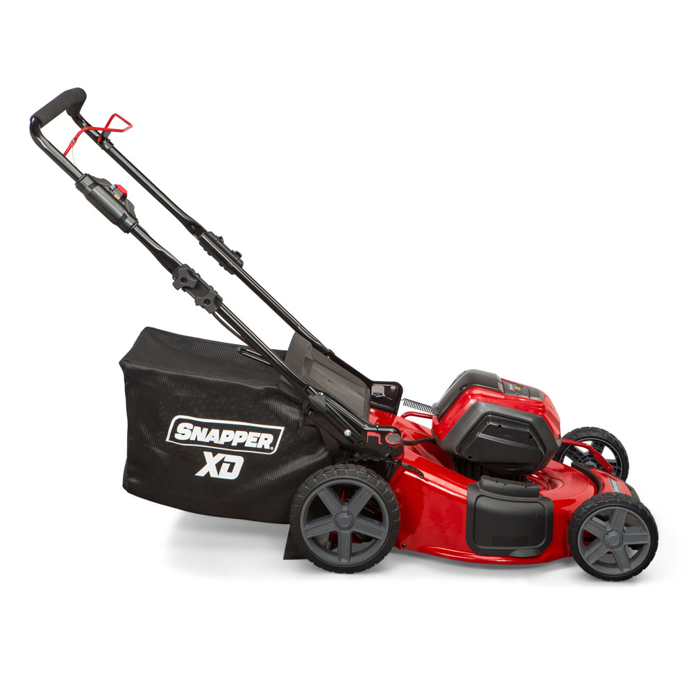 82Volt Max* LithiumIon Cordless Walk Mowers