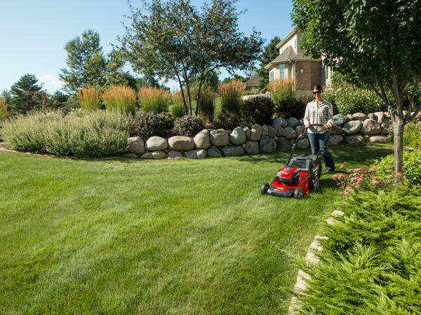 Full Line of Snapper 82V Electric Lawn Equipment